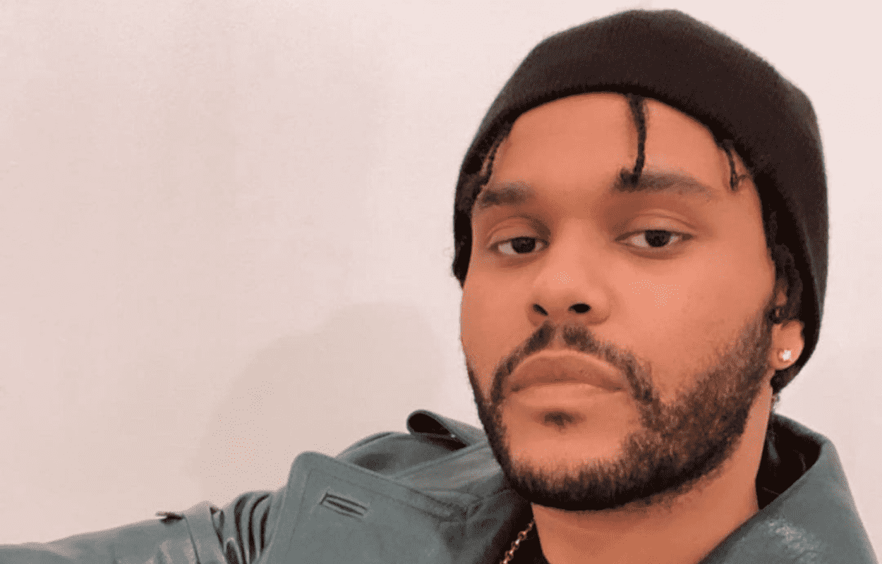 Imagem mostra cantor The Weeknd
