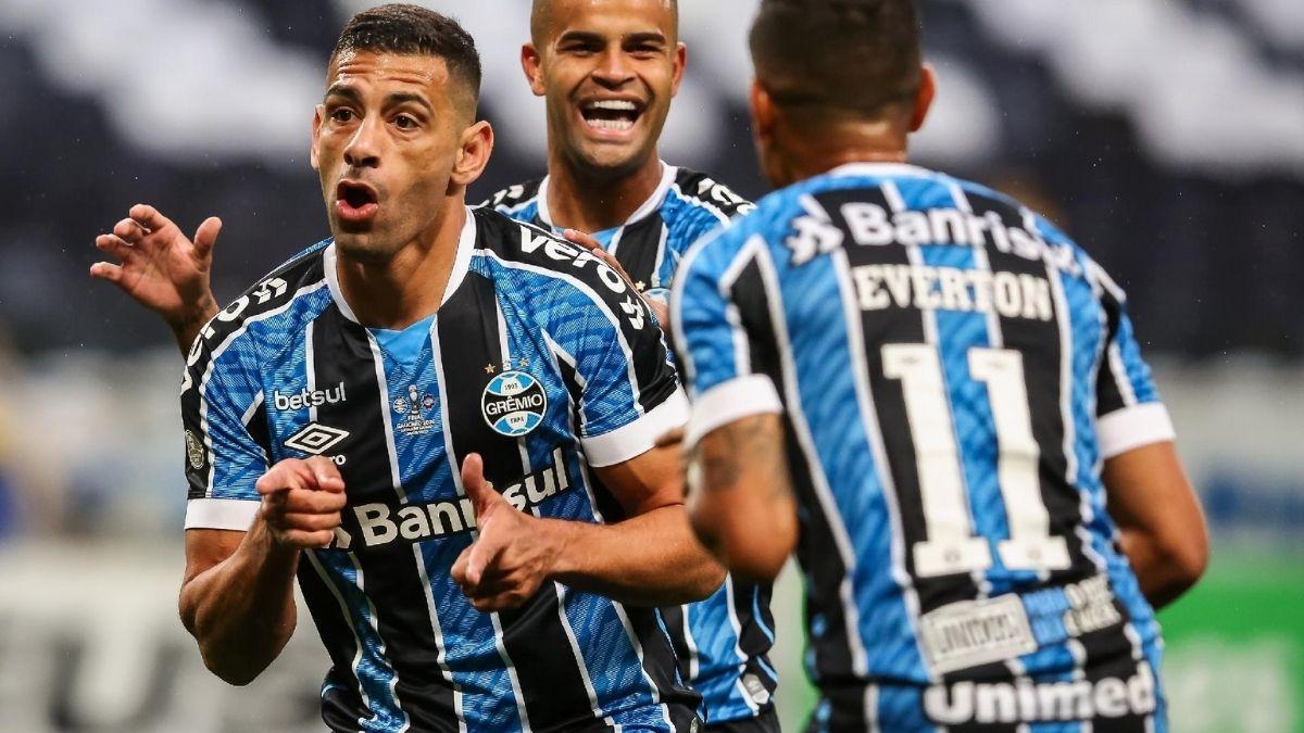 Grêmio chega para duelo com 12 jogos de invencibilidade