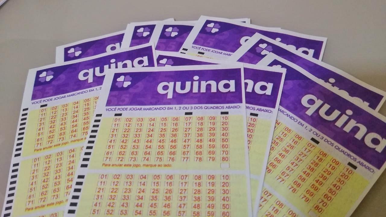 resultado da quina - A imagem mostra diversos volantes da Quina