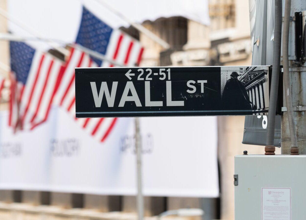 Mercados de ações se recuperam