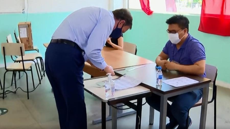 Eleições 2020: Crivella vota no Rio