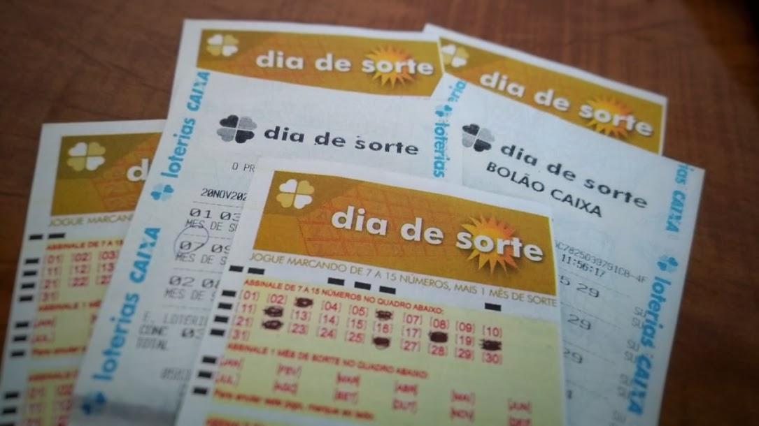 dia de sorte 406 - bilhetes em branco do dia de sorte