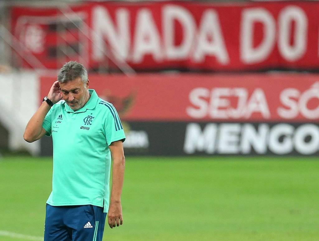 Técnico do Flamengo, Torrent, é demitido do cargo