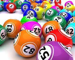 Mega Sena 2318 - a imagem mostra diversas bolas de sorteio