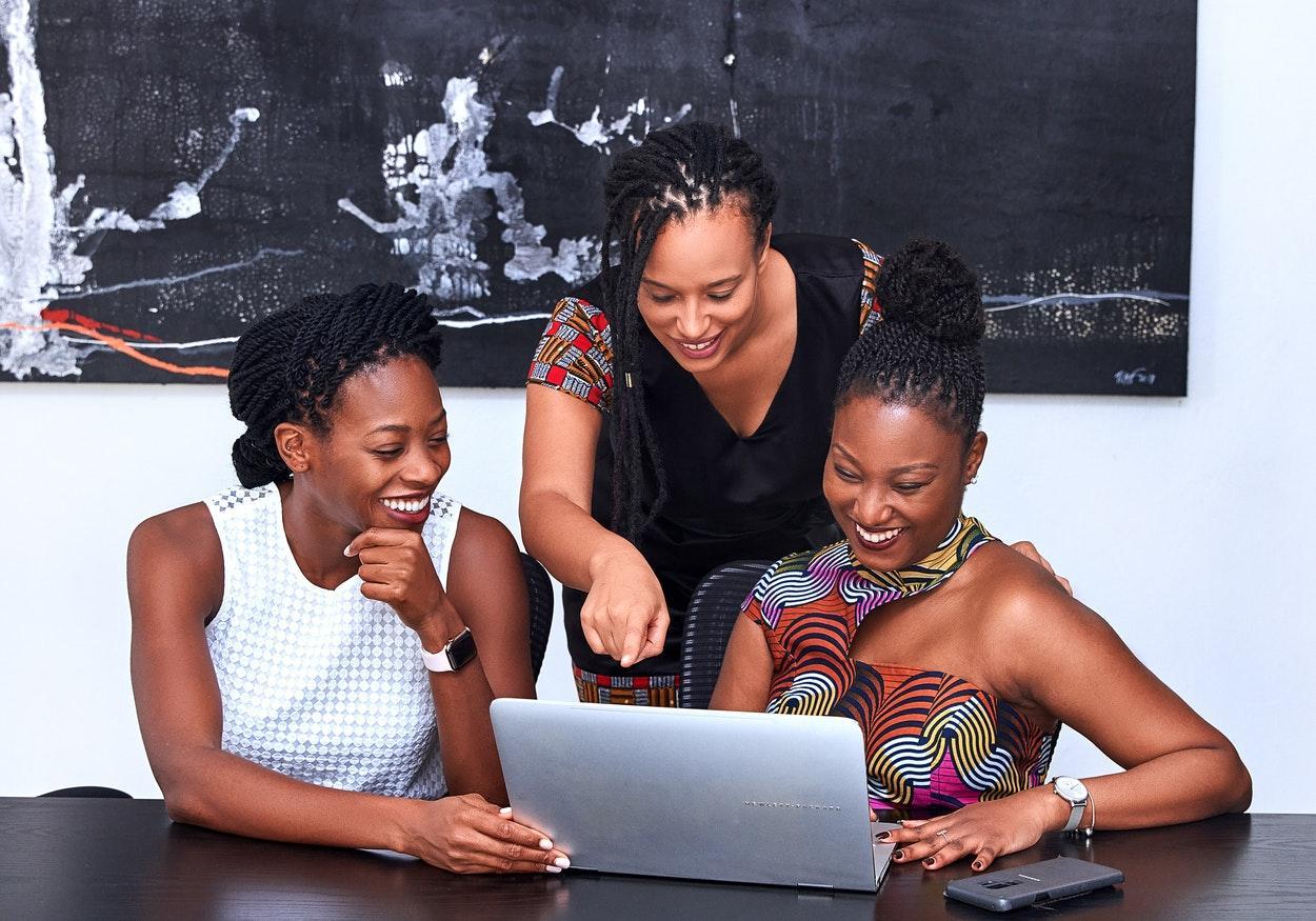 Empreendedorismo negro: 10 iniciativas que merecem a sua atenção