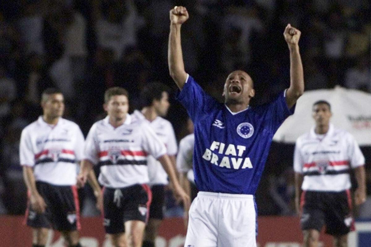 Em sua primeira final na Copa do Brasil, São Paulo leva gol nos minutos finais e perde título para o Cruzeiro