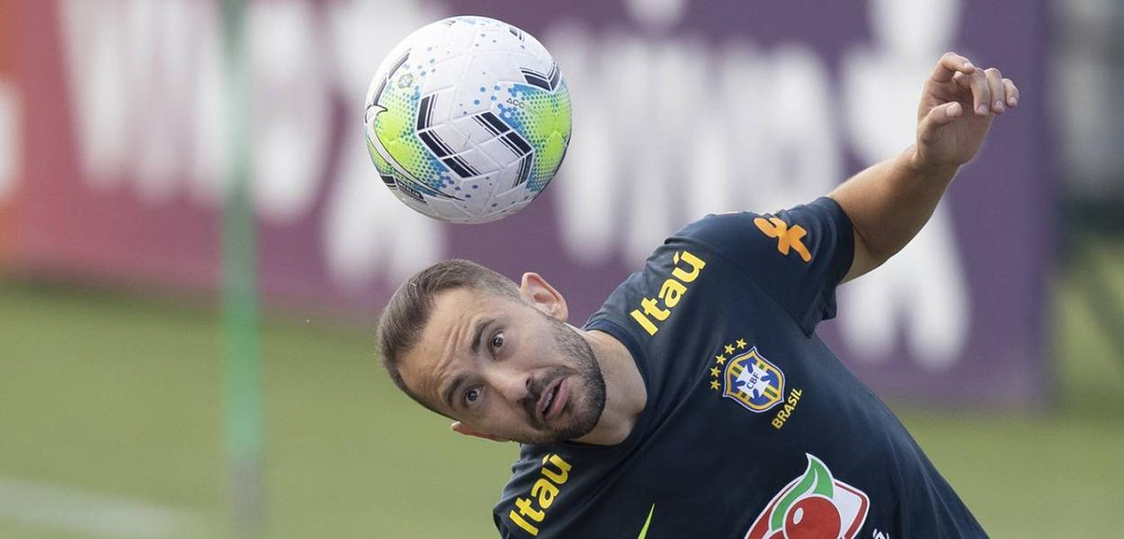 Everton Ribeiro na seleção brasileira