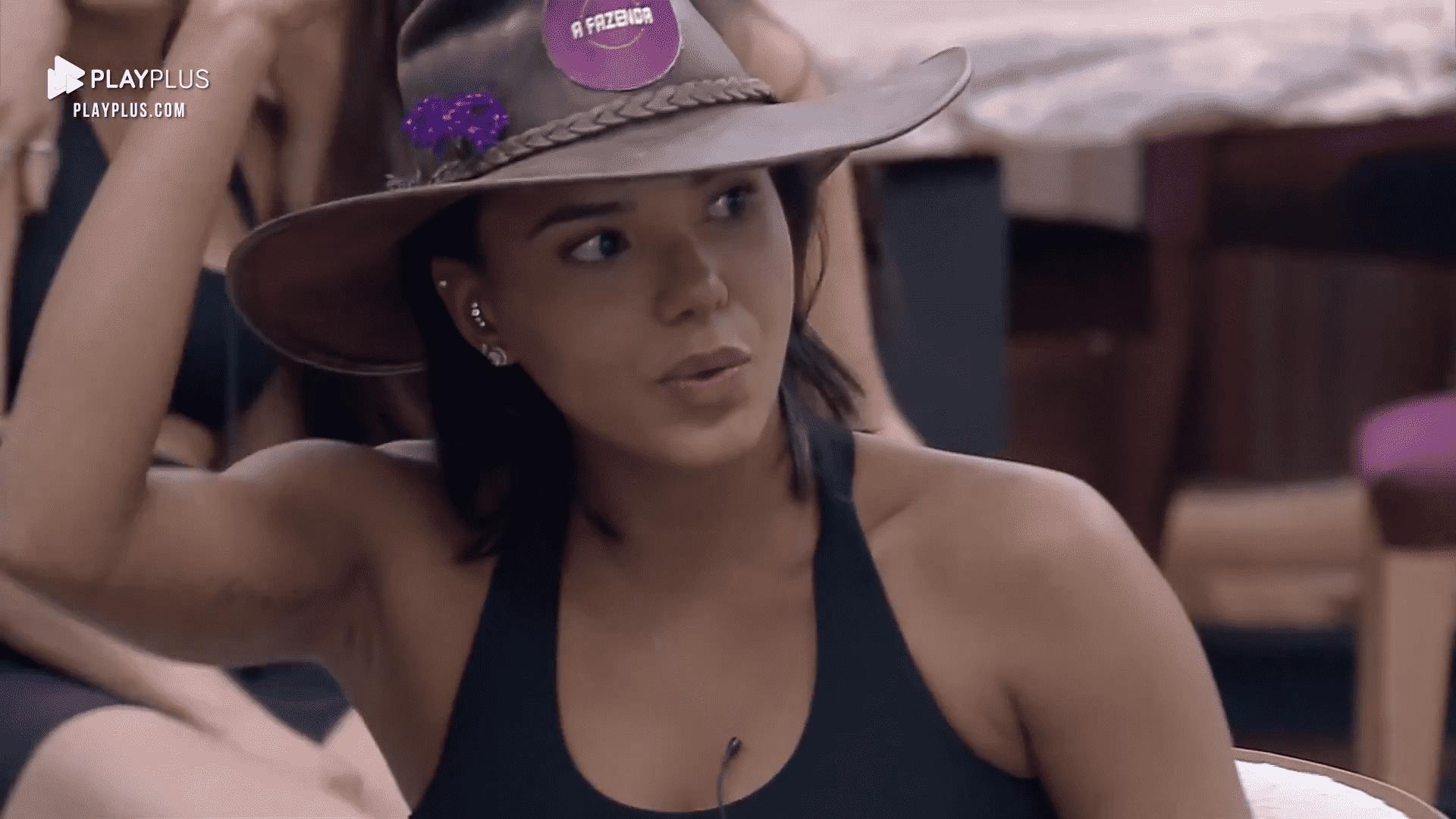 Jakelyne Oliveira em A Fazenda 12