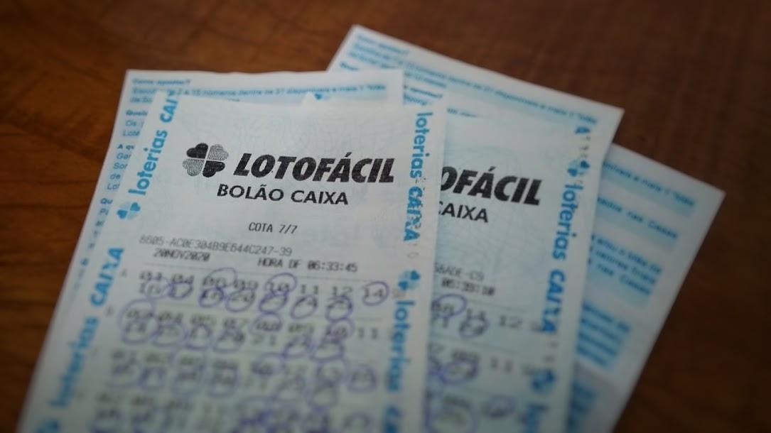 resultado da lotofácil 2093 - A imagem mostra um bilhete da Lotofácil