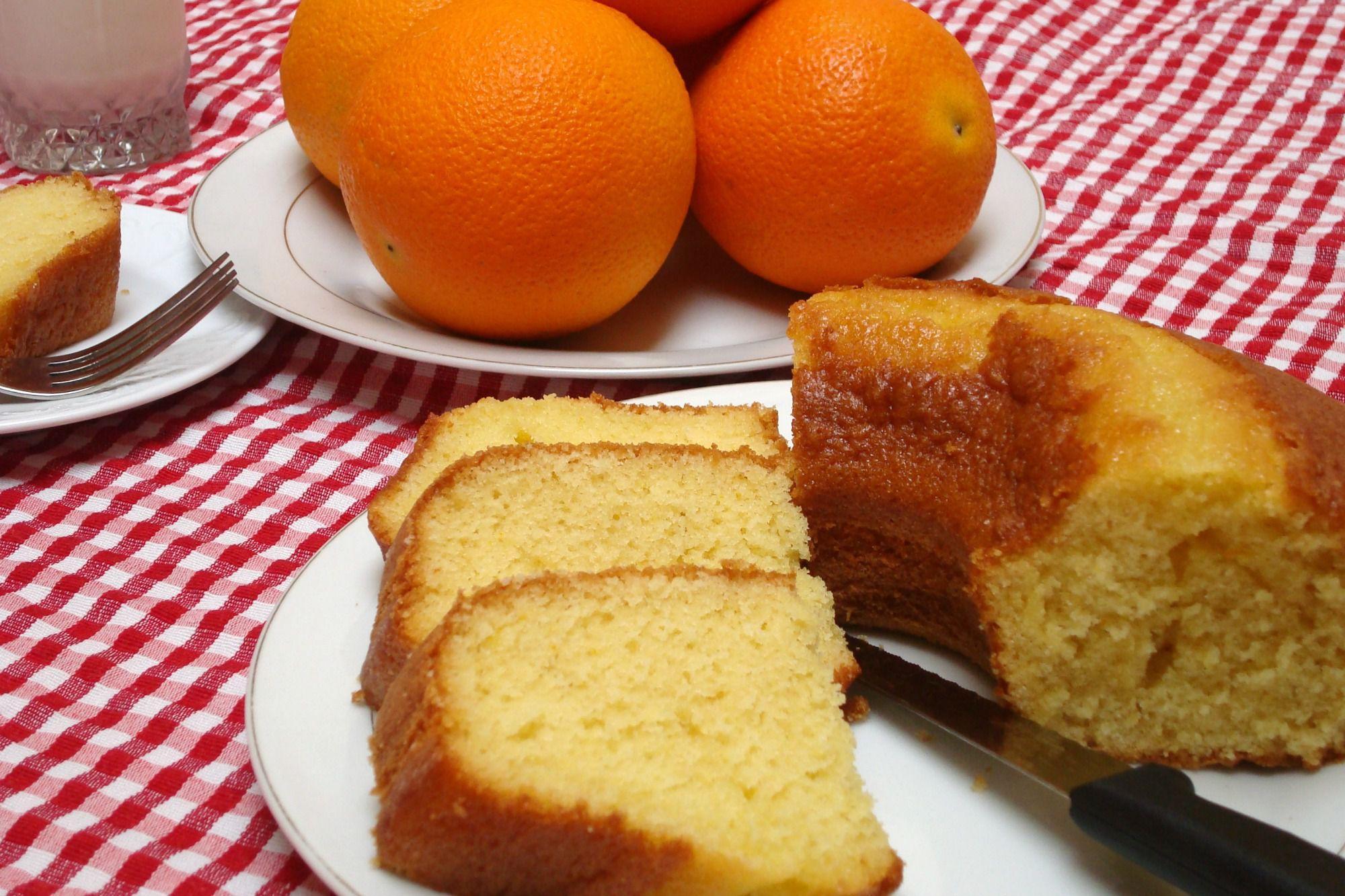 imagem mostra receita de bolo de laranja