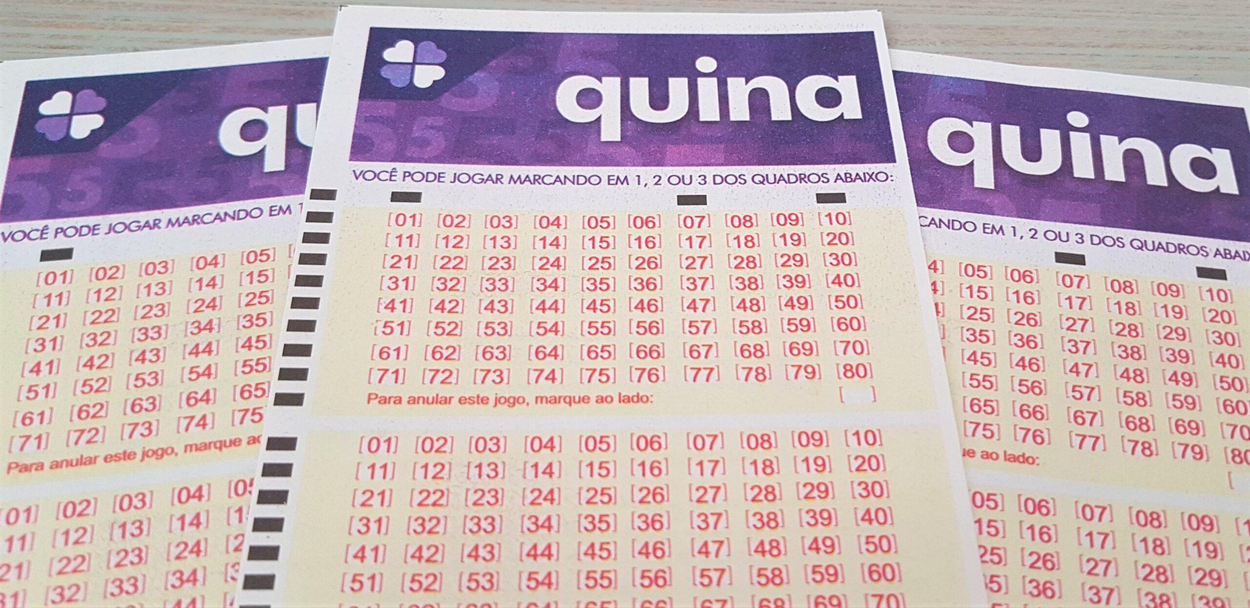 quina 5441 - A imagem mostra três volantes da Quina