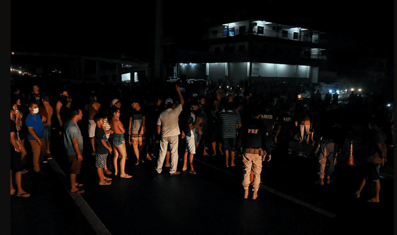 Foto mostra protesto no Amapá