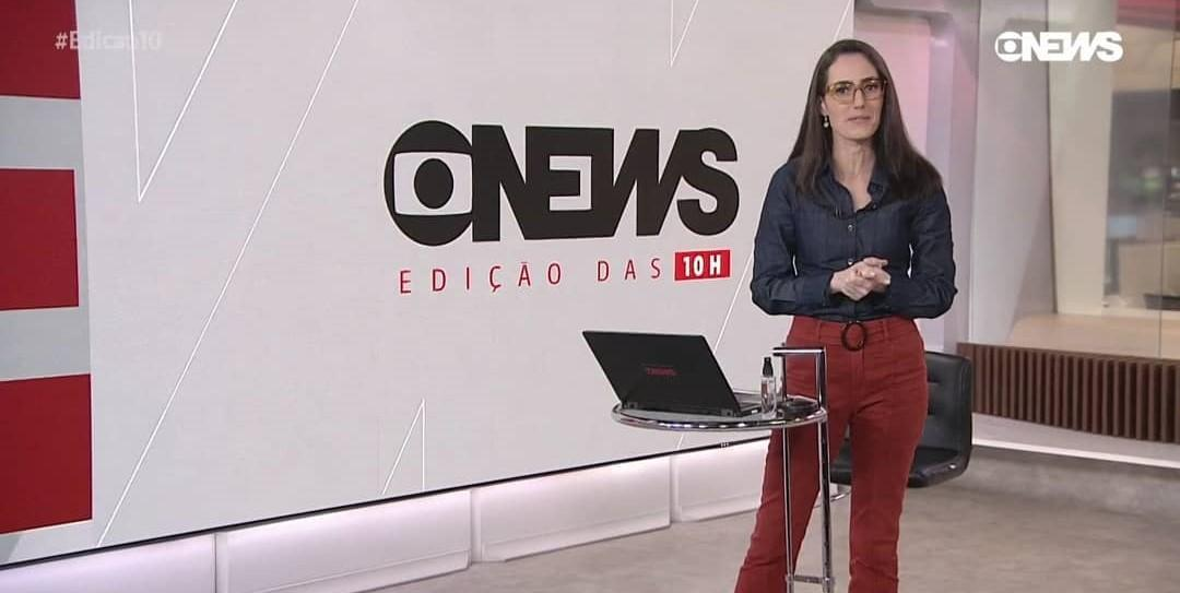 Imagem mostra jornalista Raquel Novaes