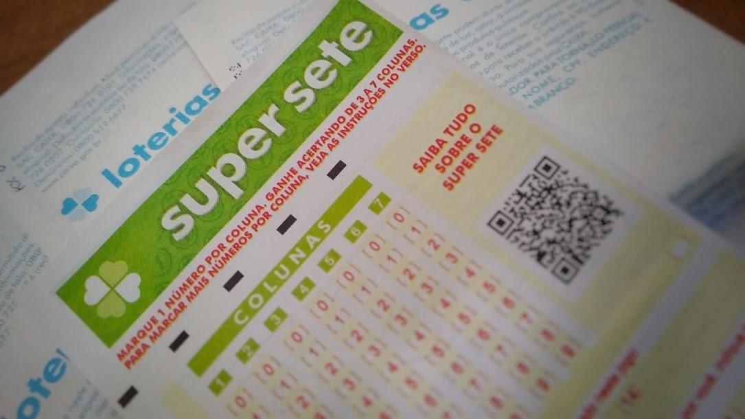 resultado da super sete 57 - A imagem mostra um bilhete do Super Sete