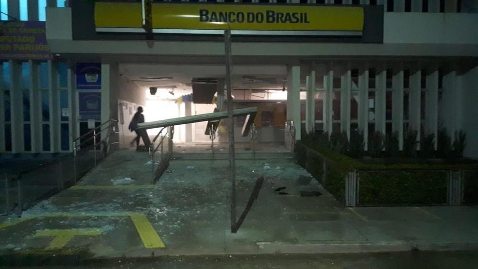 agência do Banco do Brasil destruída em Cametá