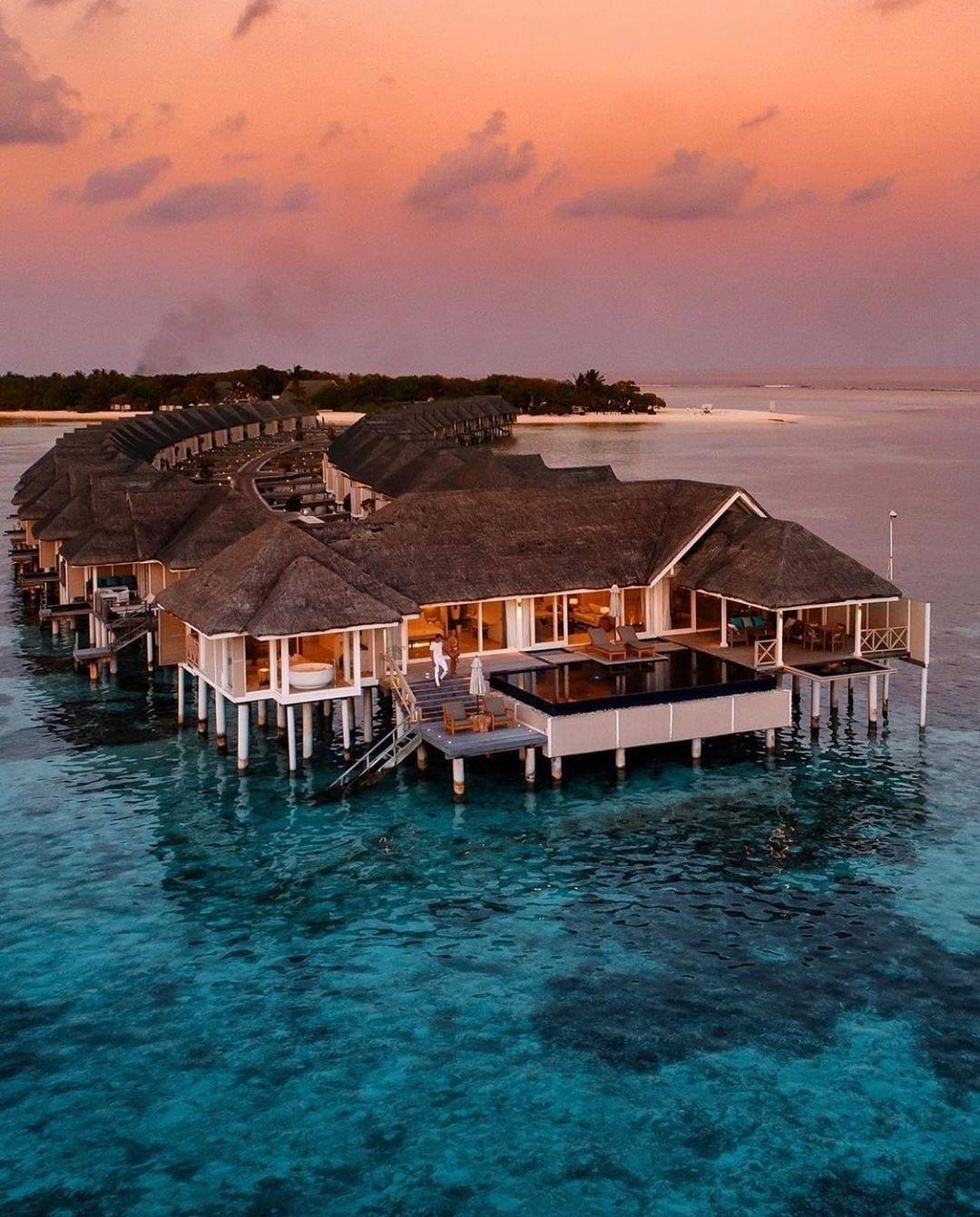 Imagem mostra hotel nas Maldivas de Juliana Paes e Adriane Galisteu