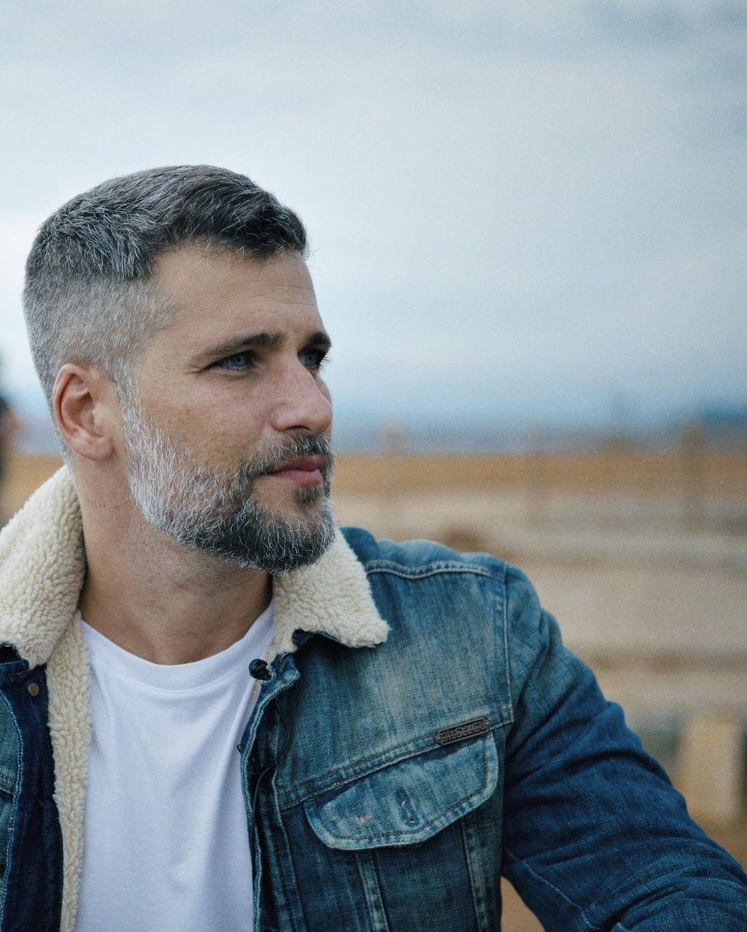 Imagem mostra rosto de Bruno Gagliasso