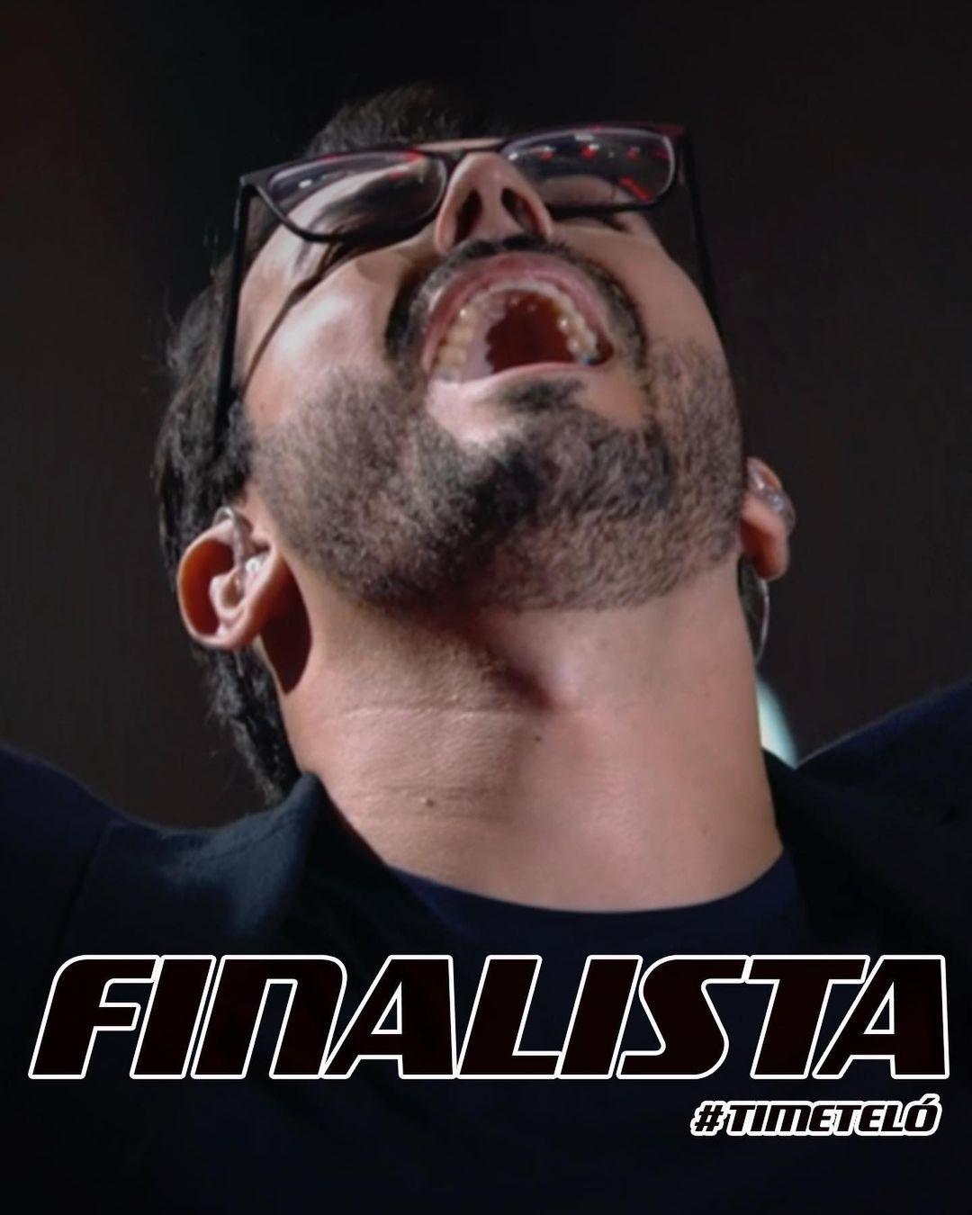 Imagem mostra Douglas Ramalho, finalista do The Voice Brasil
