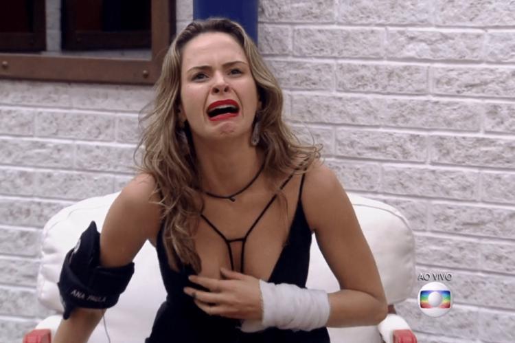 paredão falso Ana Paula Renault