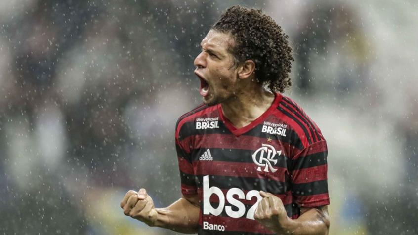 Arão é desfalque no meio de campo do Flamengo