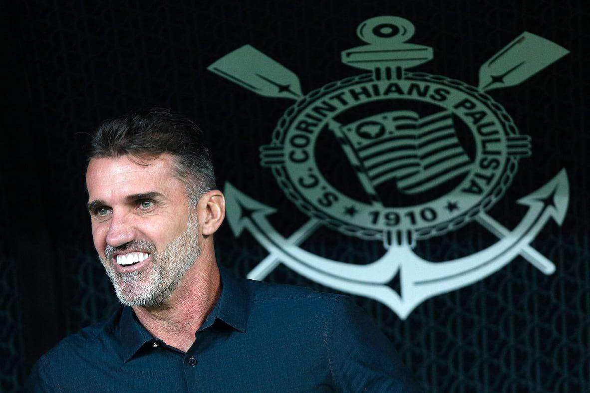 Mancini tem o melhor desempenho no Corinthians entre técnicos de 2020