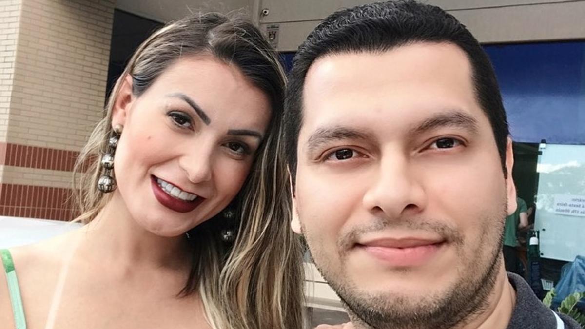 Na imagem Andressa Urach e noivo, Tiago