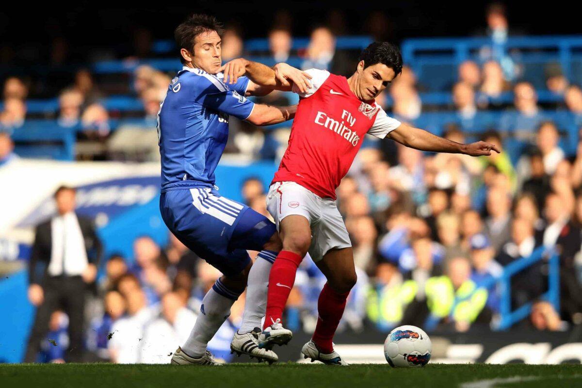 Hoje treinadores, Arteta e Lampard já se enfrentaram em um Arsenal x Chelsea na época em que eram atletas