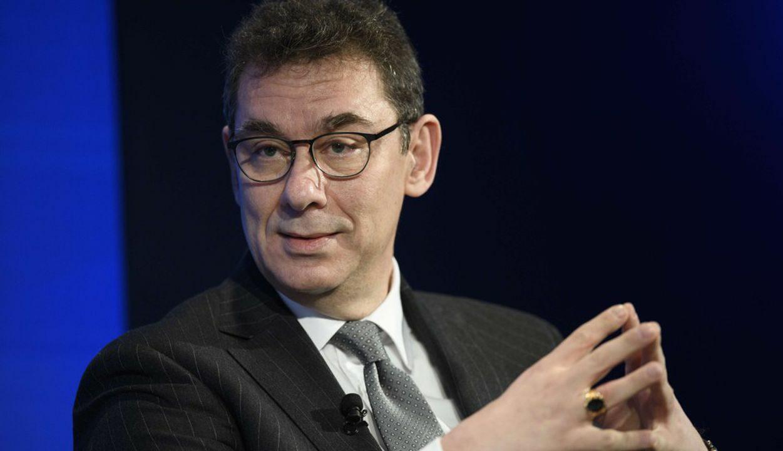 CEO da Pfizer ainda não recebeu sua vacina