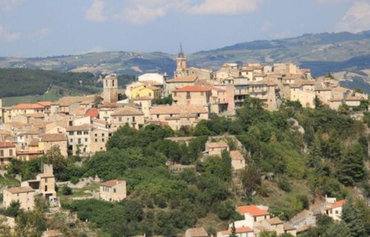 Imagem mostra Castropignano, na Itália