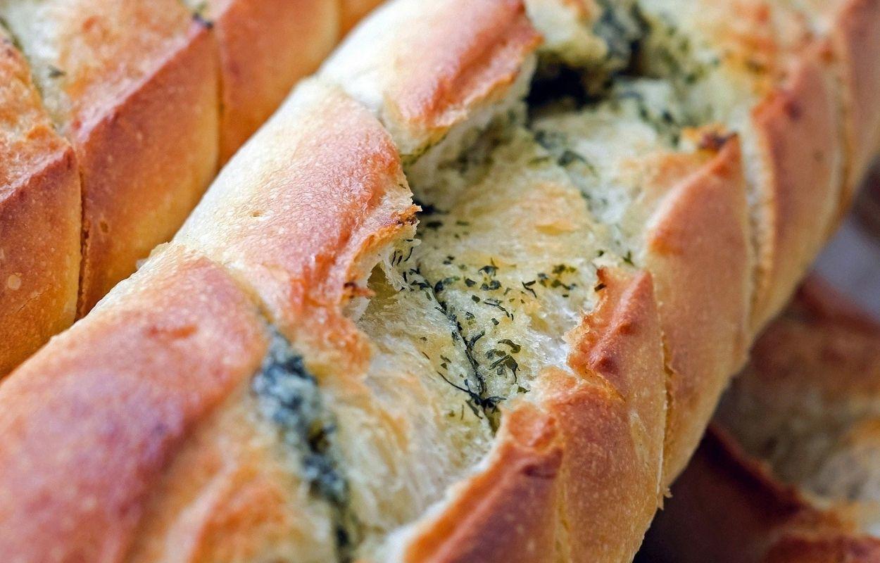 Imagem mostra pão recheado