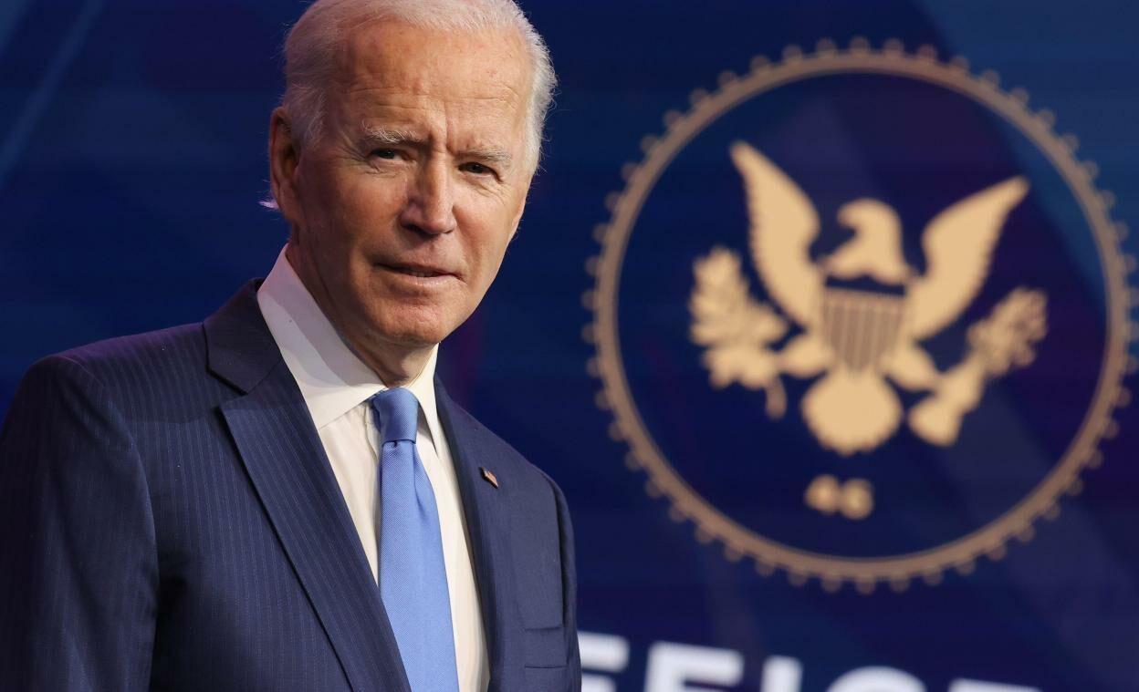 Joe Biden é vacinado