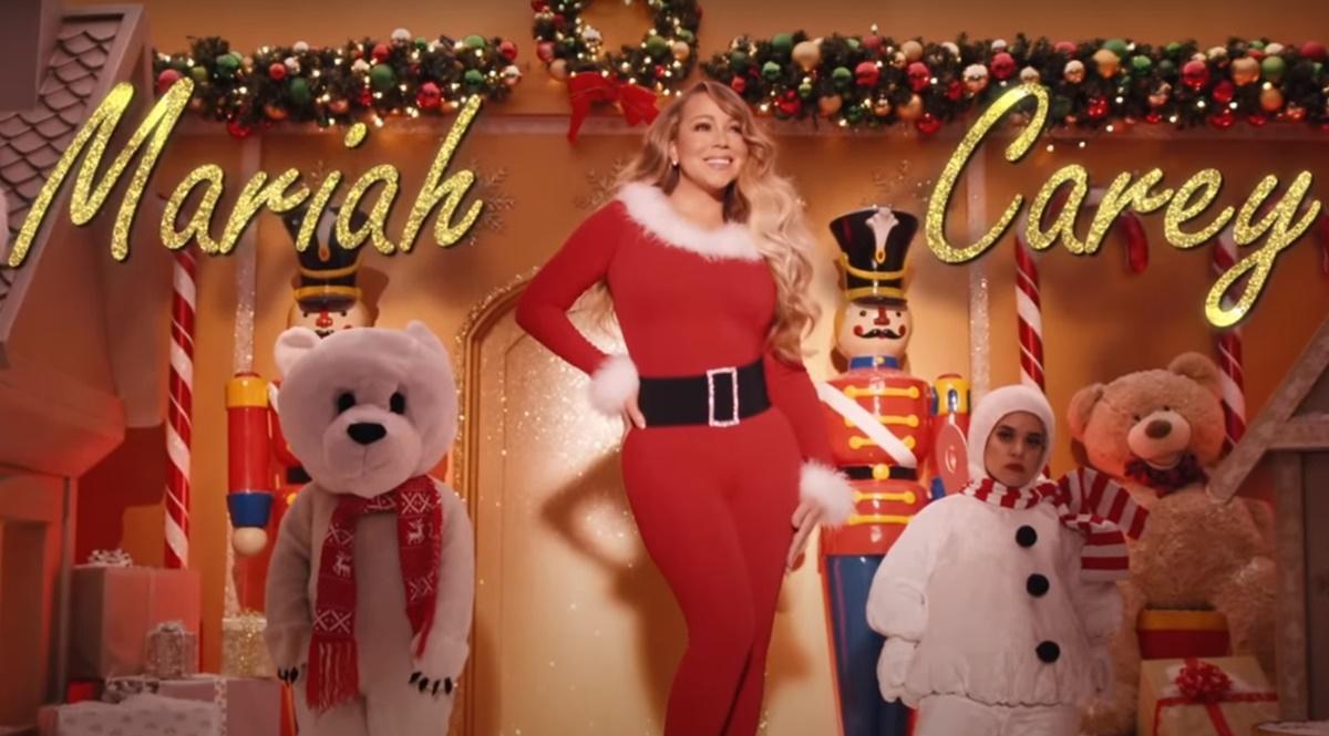 Mariah Carey em All I Want for Christmas Is You clipe de Natal