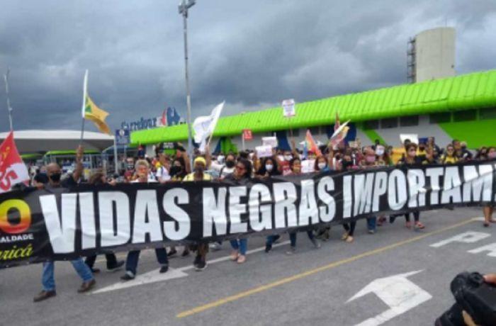 Retrospectiva 2020 - Protesto Carrefour