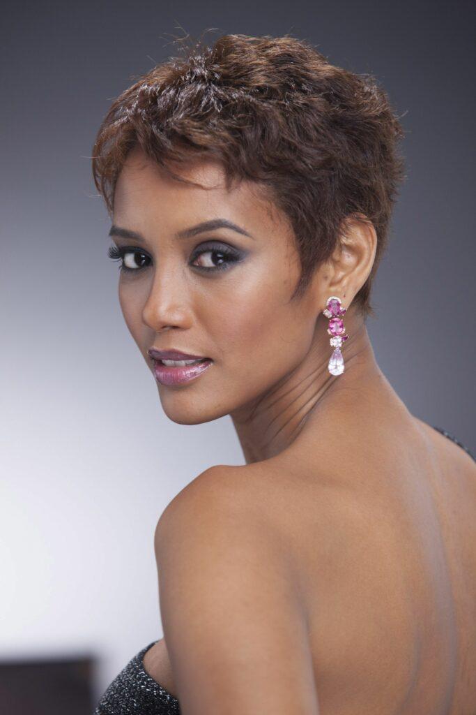 Na imagem a atriz Taís Araújo