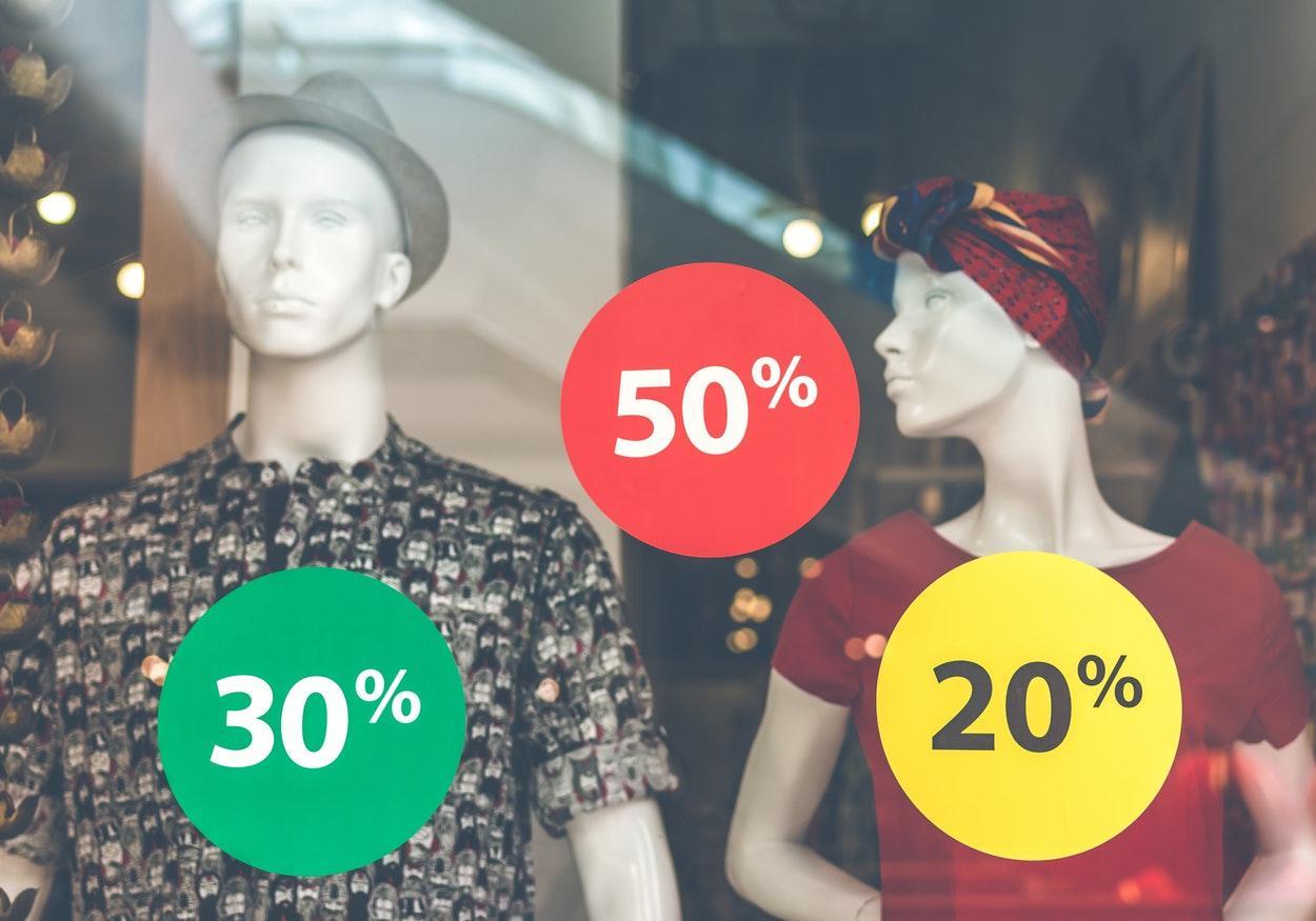 Comprar roupas online: dicas para não errar nas suas escolhas