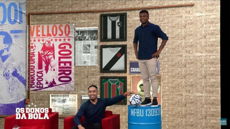 Neto e Edilson simulam treino de goleiros do Corinthians