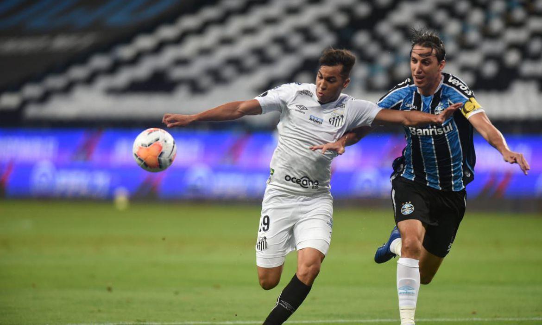 Por ter feito gol fora de casa, Santos tem a vantagem do 0 a 0