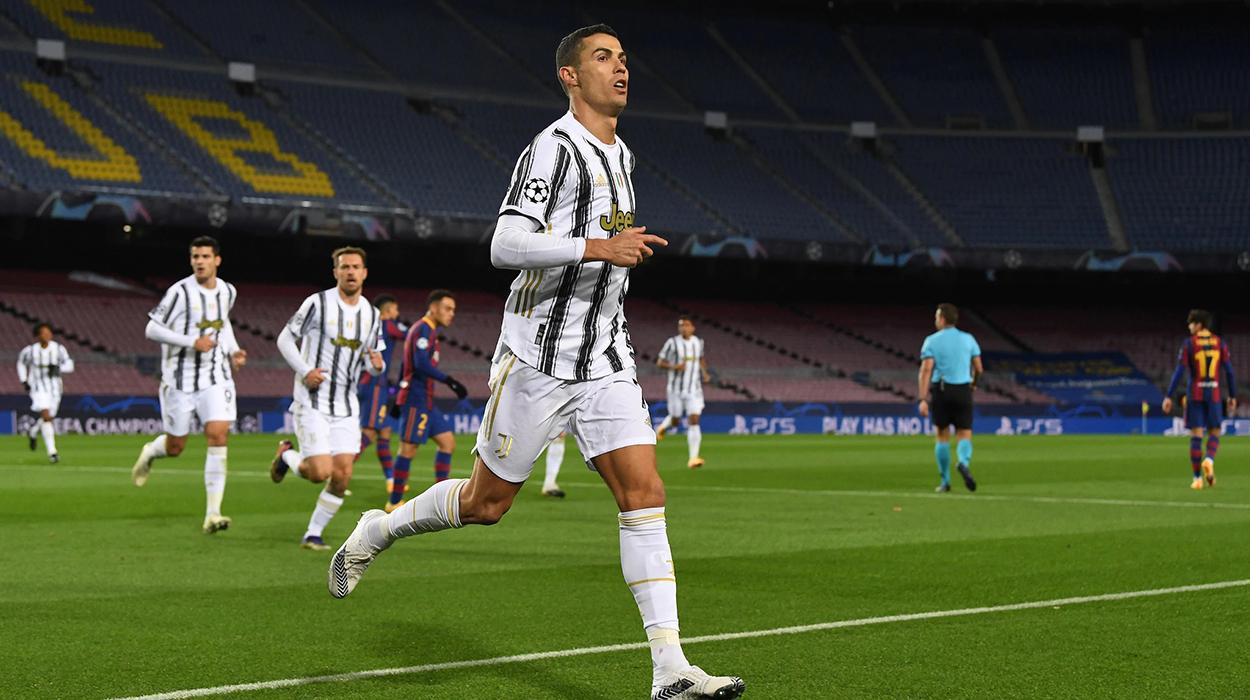 Cristiano Ronaldo comemora gol contra o Barcelona
