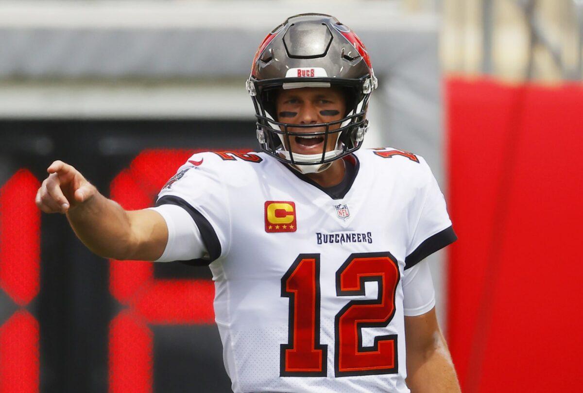 Aos 43 anos, Tom Brady está em seu segundo clube na NFL
