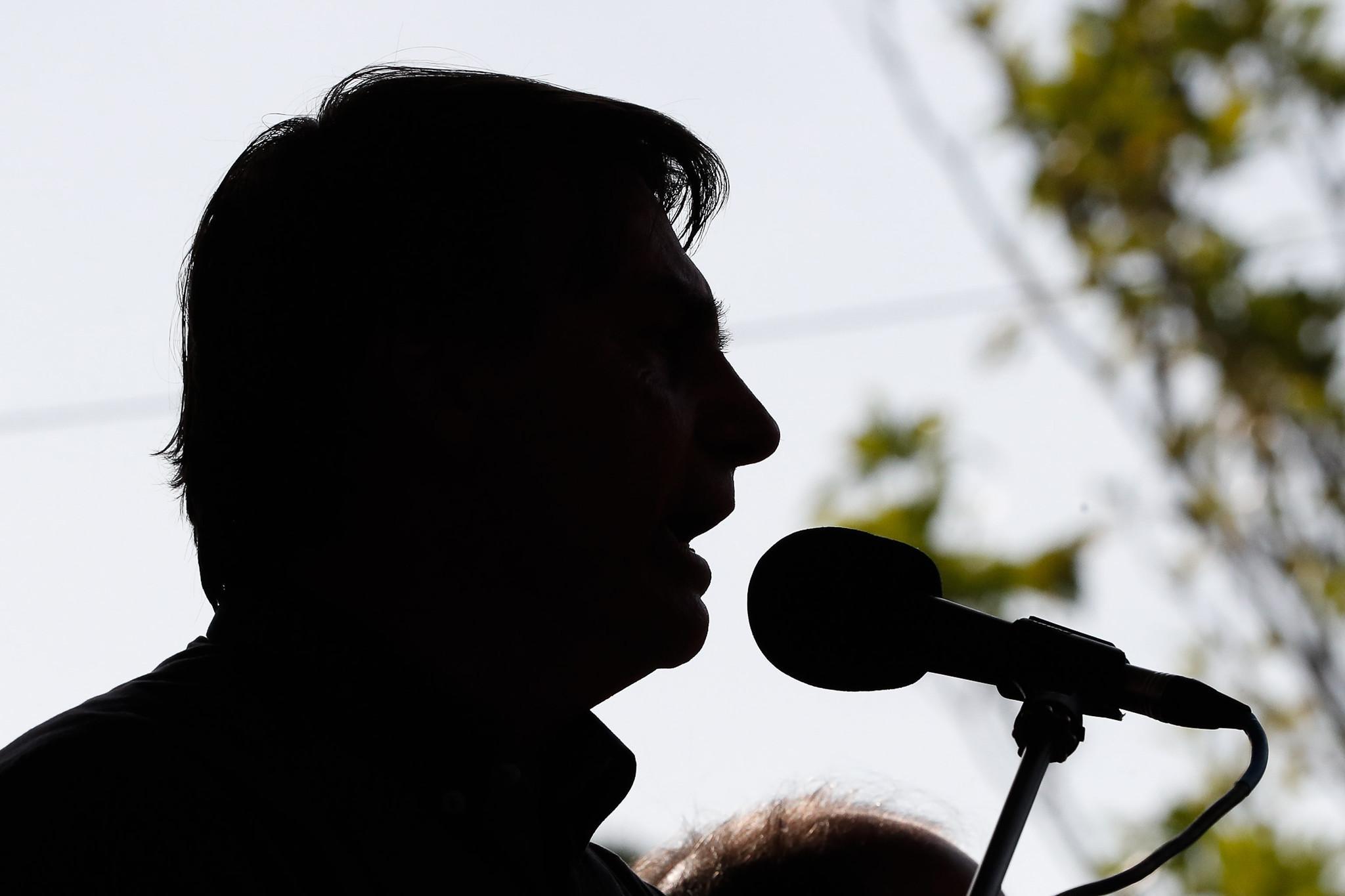 31 promessas de campanha que Bolsonaro não cumpriu