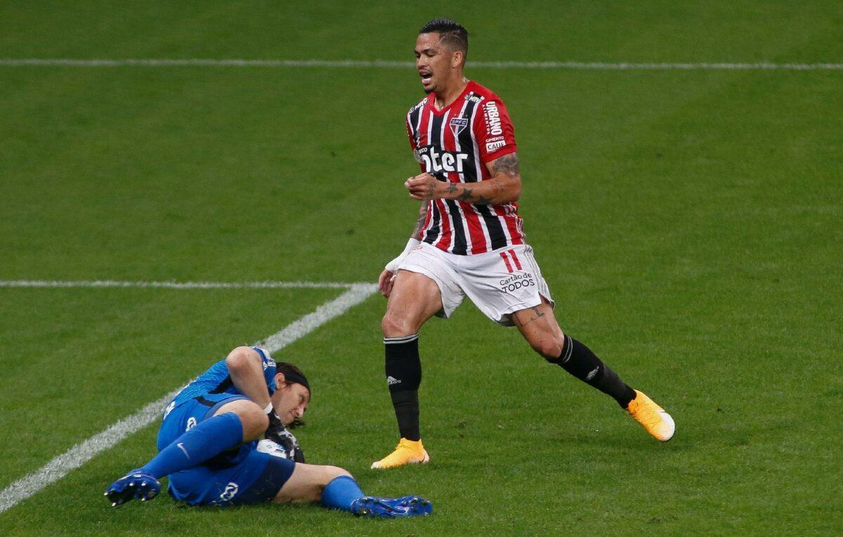 Artilheiro do São Paulo no Brasileirão, Luciano é desfalque para jogo contra o Galo