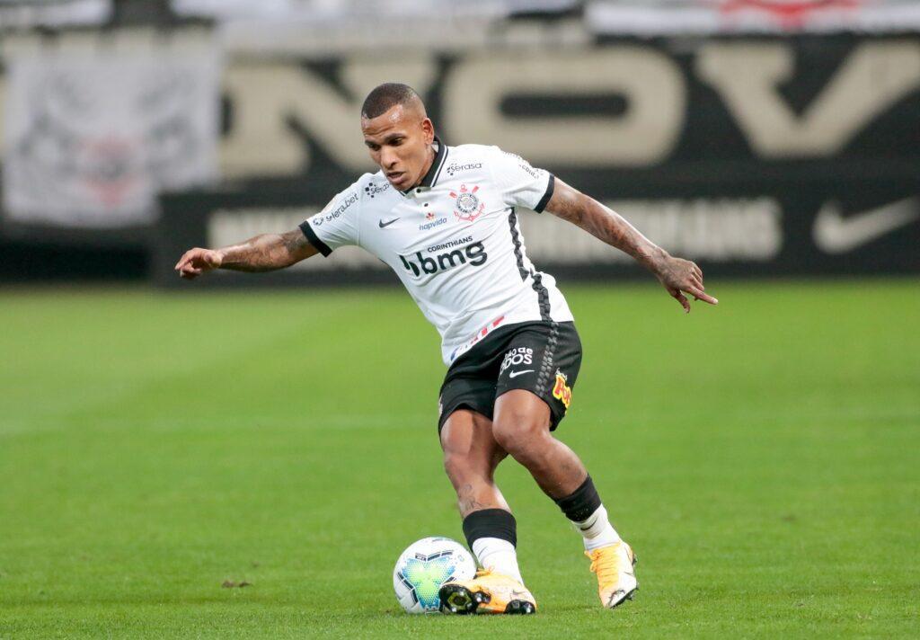 Imagem mostra jogador do Corinthians, Otero.