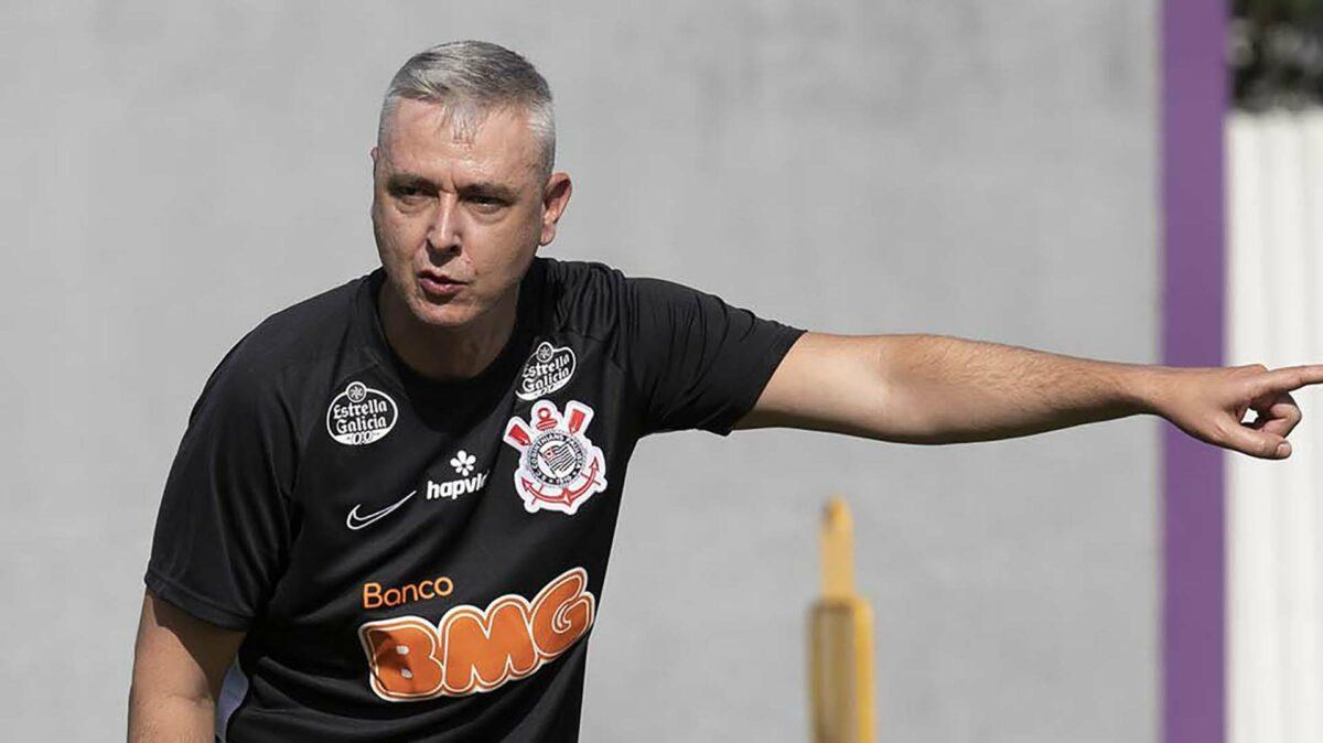 Desde que saiu do Corinthians, Tiago Nunes segue sem clube até então