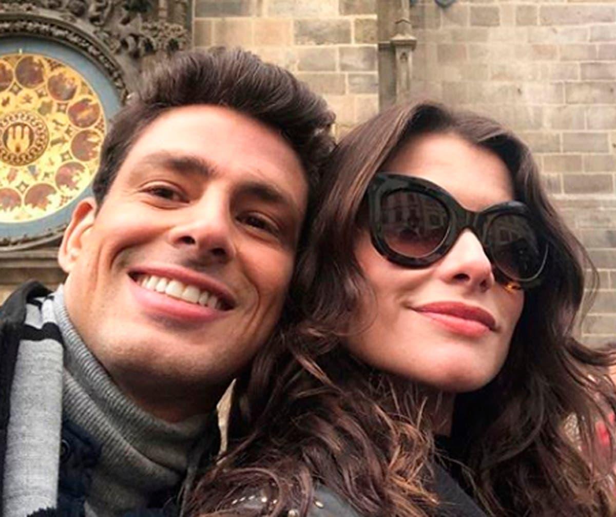 Na imagem Alinne Moraes e Cauã Reymond
