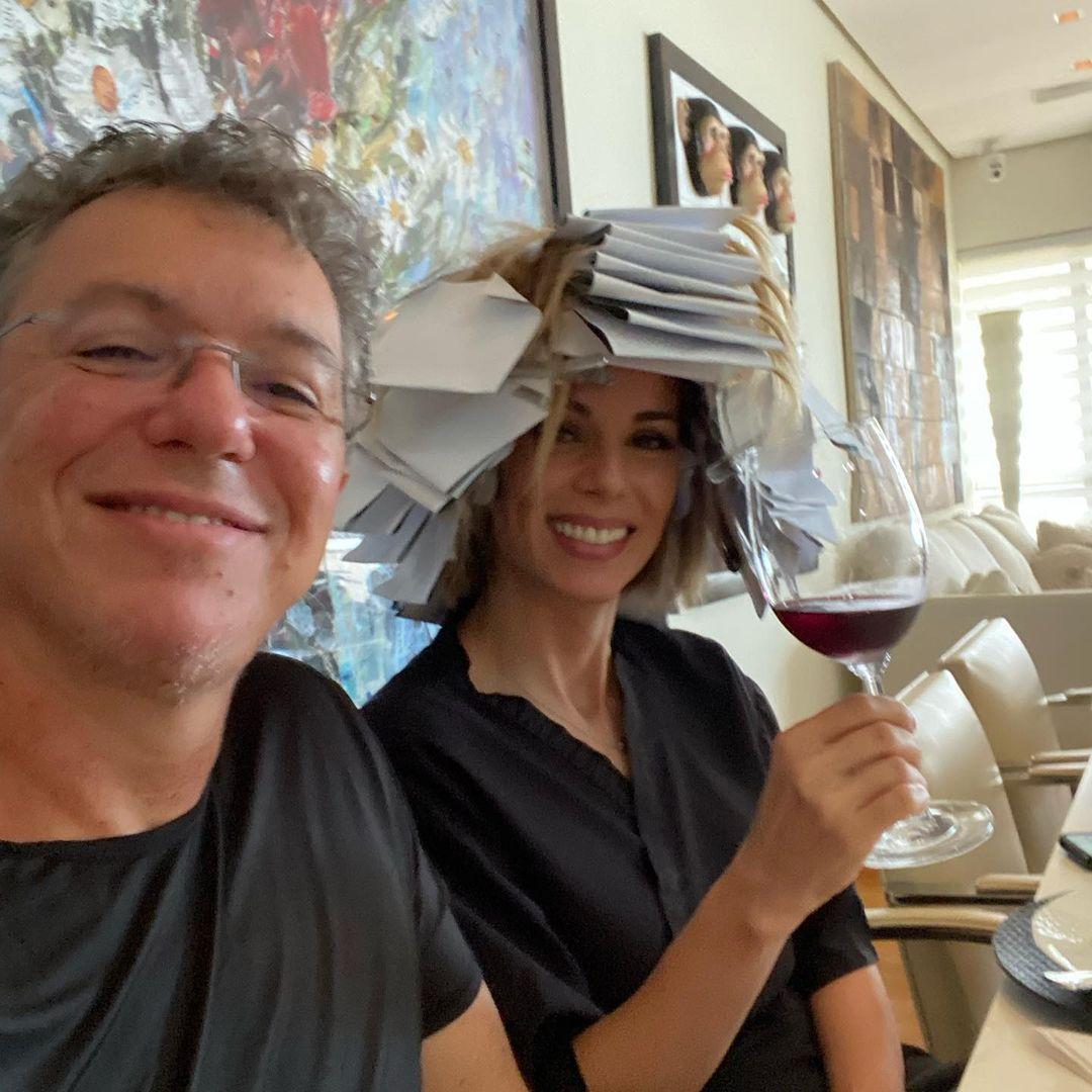 Imagem mostra Boninho e Ana Furtado