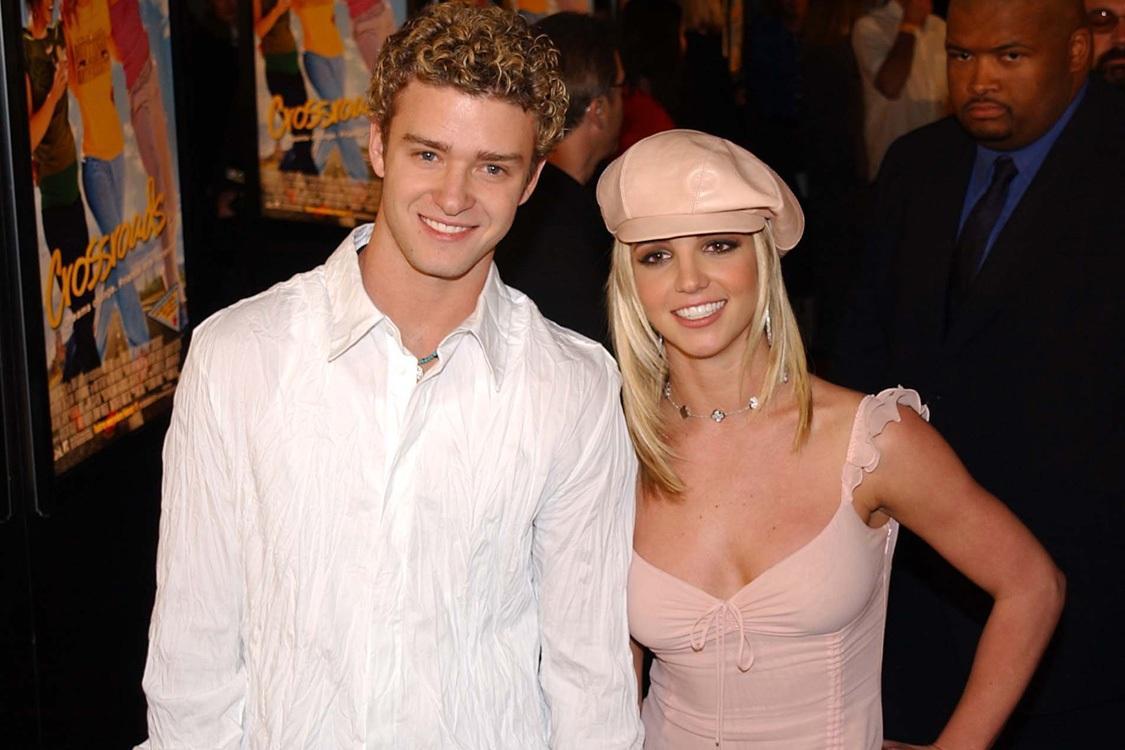 Na imagem Justin Timberlake e Britney Spears - casais famosos