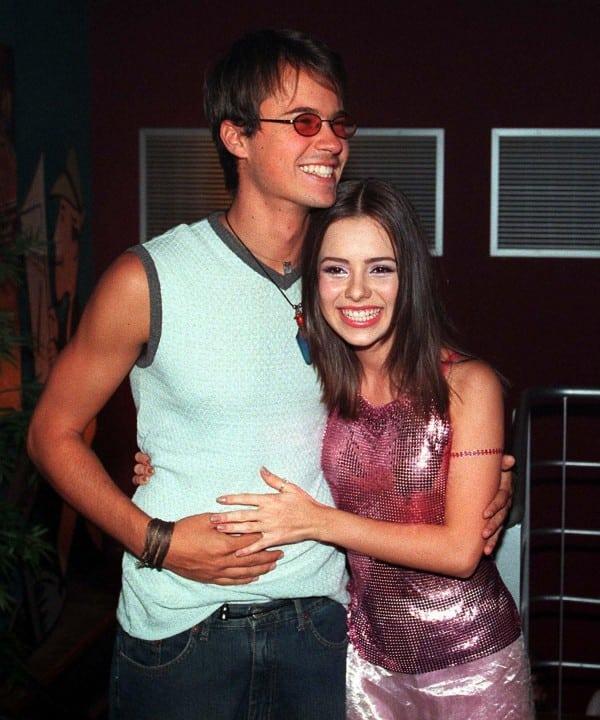 Imagem mostra Sandy e Paulinho Vilhena quando namoravam - casais famosos