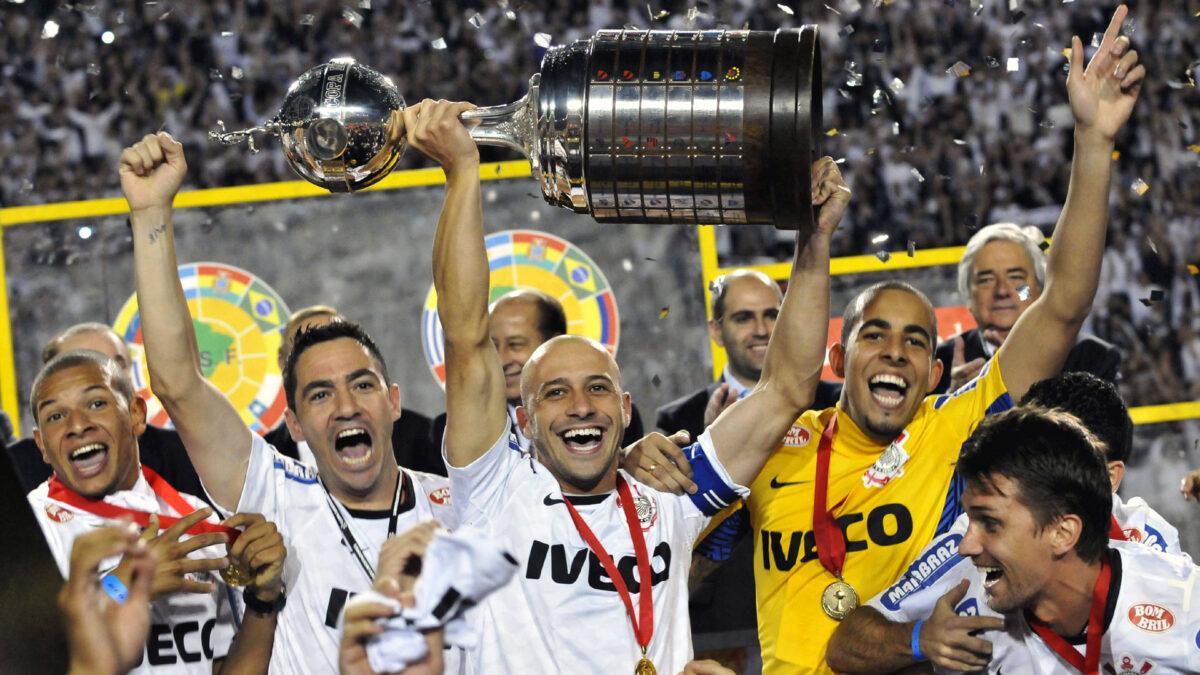 Corinthians foi campeão da Libertadores em 2012, invicto