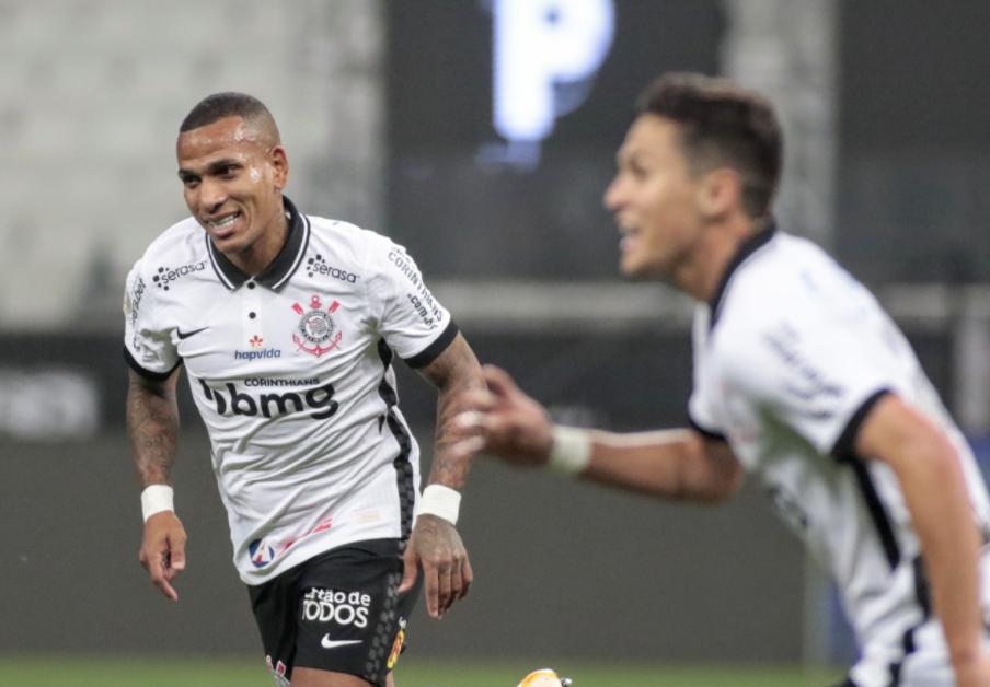 No primeiro turno, Timão venceu o Bahia por 3 a 2
