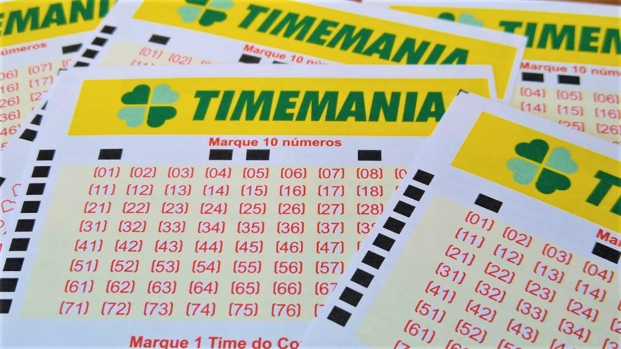 resultado da timemania 0 A imagem mostra volantes da Timemania